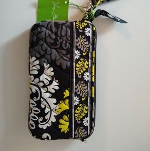 Vera Bradley hand purse small easy to carry